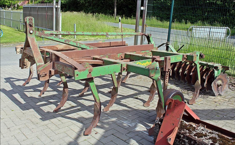 Grubber Eberhard Gazelle 750
